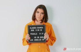 Adriana Chechik – Lady Gun