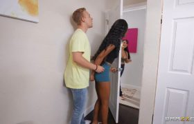 Brazzers Exxtra – Lacey London Nola Exico – Cheater Gets The Dildo Drawer
