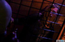 Carolina Sweets – Dark Cage 4k