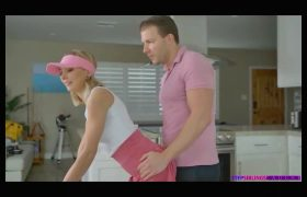 Chloe Temple – Step Bro Gets A Hole In One