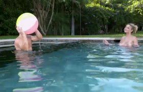 Gabbie Carter – Big Natural Breasts