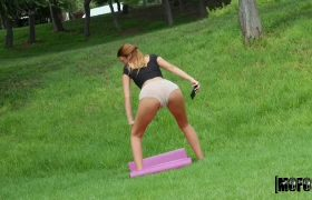 Gala Anguita – Twerking Park