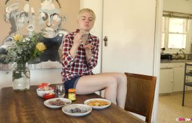GirlsOutWest – Phedre – Aussie Treats