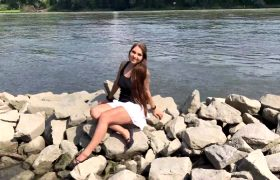 Gymbunny – Public Sex Caught On The Danube 3x