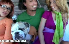 Jada Stevens – Scooby Doo