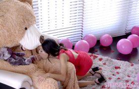 Jasmine Grey – Tiny Asian Fucking A Teddy Bear