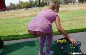Karla Kush – Thanking Her Golf Coach