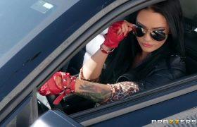 Katrina Jade – Drive Me Wild
