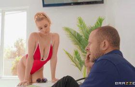 Kendra Sunderland – Skinny Dippin' Titties