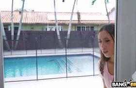 Kira Perez – Fucking Her Stepdad