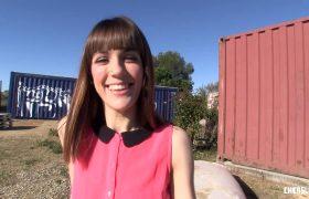 Outdoor Fuck And Facial With Hot Babe – Carol Vega
