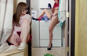 Savana Styles, Gracie May Green – Petite Panty Snatch And Sniff