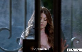 Sophie Dee Is Back