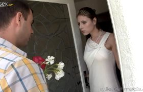Velicity Von – Skinny Cougar Takes What She Wants