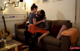 Virgilio & Violet – Couch Surfing