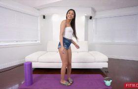 Xxlayna Marie – Xxlayna Returns And Wants A Creampie