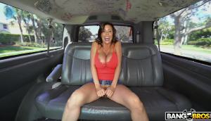 Alexis Fawx – Squirting And Riding Again