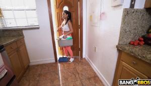 Cindy Starfall – My Dirty Maid