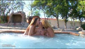 Dillion Harper/Chloe Amour/Lucy Doll – Wet Pool Orgy