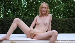Emma Starletto – Gets Creampied While Riding