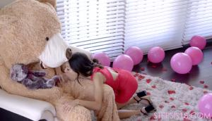 Jasmine Grey – Tiny Asian Fucking A Teddy Bear