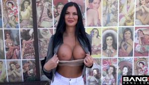 Jasmine Jae – UK Babe Looking For American Dick