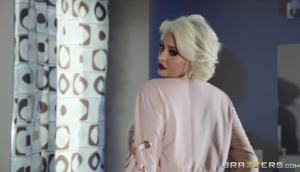 Karissa Shannon – X Marks The Spot