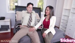 Kaylani Lei – Big Tit Asian Gets Buttfucked