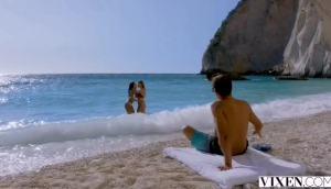 Lexi Dona, Alexis Crystal – Threesome On The Beach