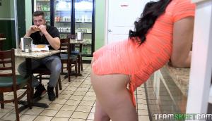 Mandy Muse – Booty Meat Sandwich