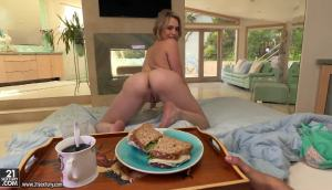 Mia Malkova – Anal For Breakfast