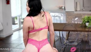 Natana Brooke Takes Cock Down Her Throat And Her Pussy