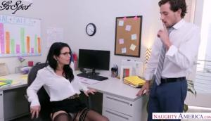 Veronica Avluv – Naughty Office